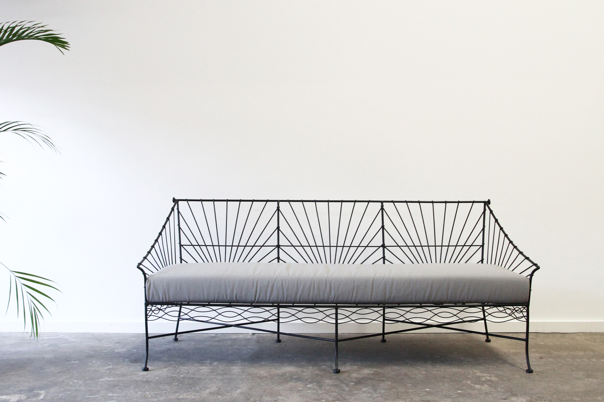 wirework daybed outdoor lounge