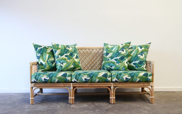 Rattan tropical daybed