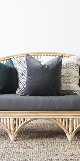 Queenslander daybed_velvet_LS